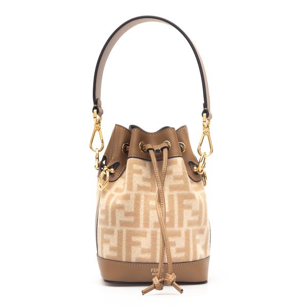 Bucket bag with logo                                                                                                                                  Fendi 8BS010 back