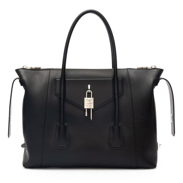 Borsa a spalla Antigone con lucchetto                                                                                                                 Givenchy BB50HA retro