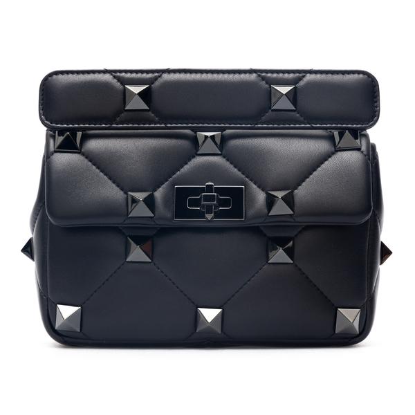 Black quilted shoulder bag with studs                                                                                                                 Valentino Garavani WW0B0I82 back