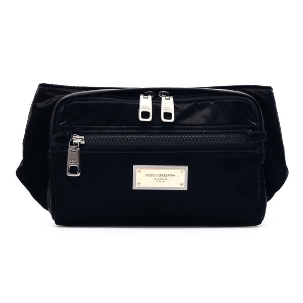 Black belt bag with gold logo                                                                                                                         Dolce&gabbana BM1967 back