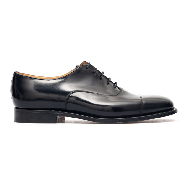Classic black lace-ups                                                                                                                                Church EEB376 front
