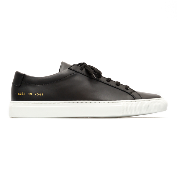 Low sneakers in black color                                                                                                                           Common Projects 1658 back