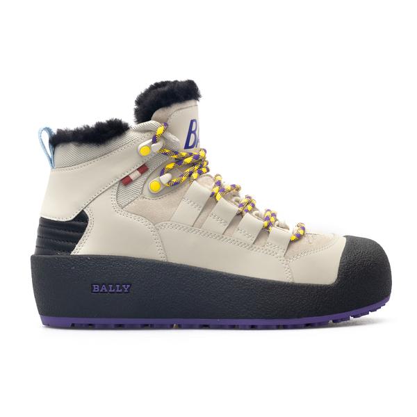 Trekking style beige sneakers                                                                                                                         Bally CUSAGOTW back