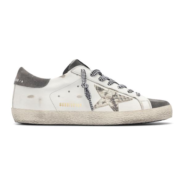Sneakers bianche con stella pitonata                                                                                                                  Golden Goose GMF00101 retro