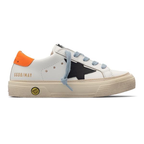 Sneakers bianche con con patch a stella                                                                                                               Golden Goose GYF00112 retro