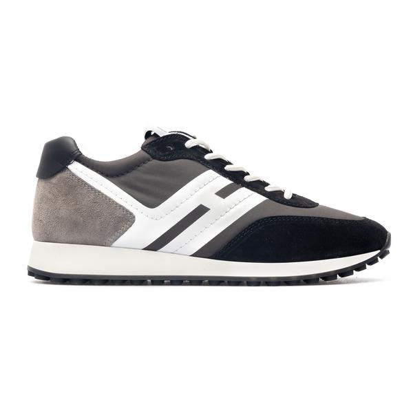 Sneakers in design a pannelli grigie e nere                                                                                                           Hogan HXM4290DV00 retro