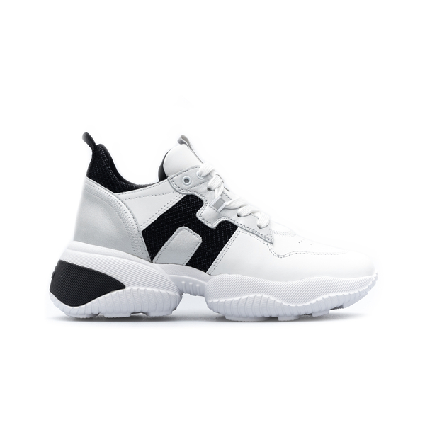 White sneakers with black details                                                                                                                     Hogan HXW5250CW70 back