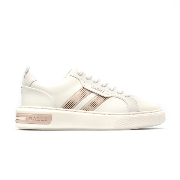 White sneakers with perforated detail                                                                                                                 Bally MAXIMW front