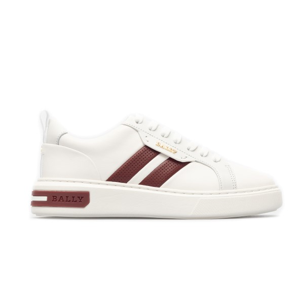 White sneakers with red perforated bands                                                                                                              Bally MAXIMW front