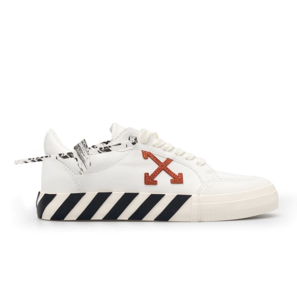 White sneakers with plate and Arrows logo                                                                                                             Off white OMIA085R21FAB002 front