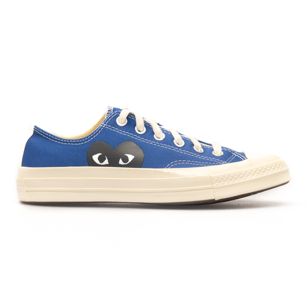 Blue sneakers with heart                                                                                                                              Comme Des Garcons Play P1K121 back