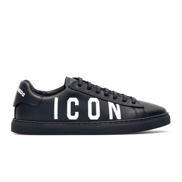 Black sneakers with logo print                                                                                                                        Dsquared2 SNM0005 front