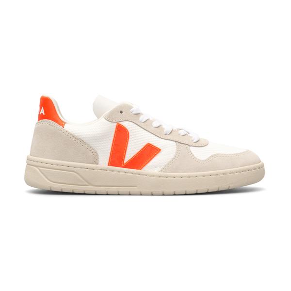 White sneakers with orange details                                                                                                                    Veja VX012501 back