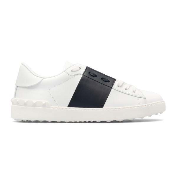 White sneakers with black band                                                                                                                        Valentino garavani VY2S0830 front