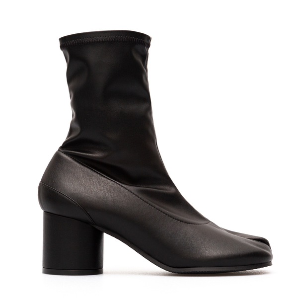 Tabi cut black ankle boots                                                                                                                            Maison Margiela S58WU0377 back