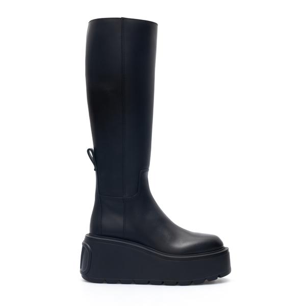 Black boots with tonal logo                                                                                                                           Valentino Garavani WW2S0CC8 back