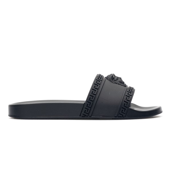 Black slippers with Medusa                                                                                                                            Versace DSU5883 front