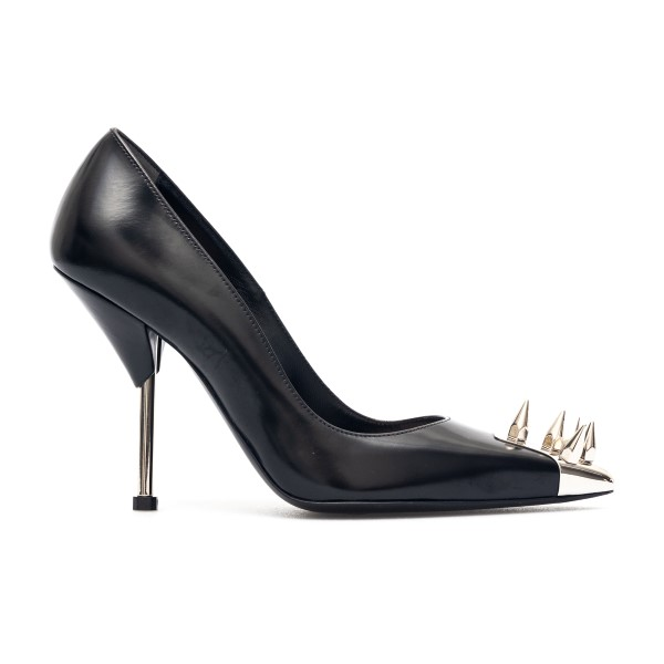Black decolleté with pointed studs                                                                                                                    Alexander Mcqueen 651714 back