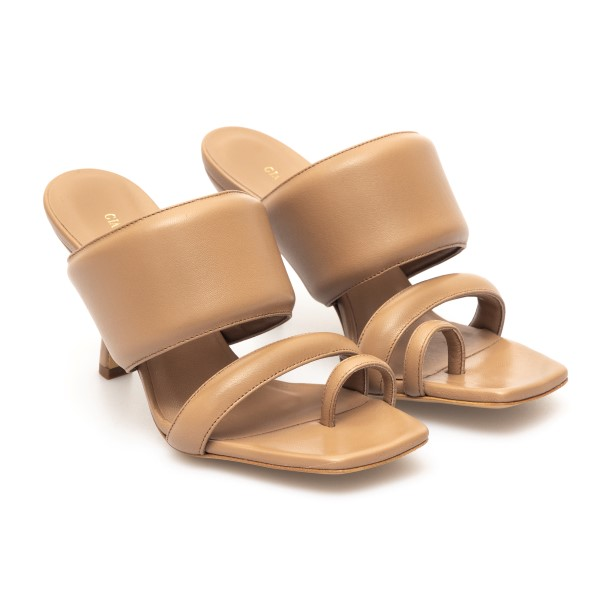 Hazelnut sandals in padded design                                                                                                                      GIA COUTURE