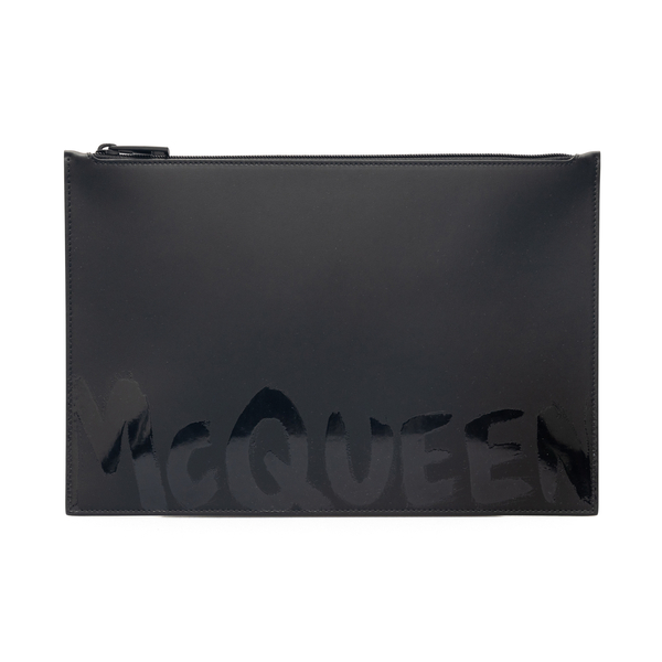 Black clutch with glossy effect print                                                                                                                 Alexander Mcqueen 560472 back